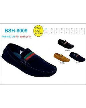 Boys Slip on Shoes with bicolour band QA2369
